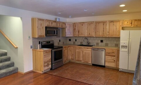 Apartments Near APU 4511 Folker St 41A for Alaska Pacific University Students in Anchorage, AK