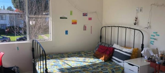 $1390 Room Available in Mar Vista