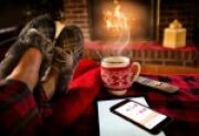 4 Cozy Winter Activities for Weekends Indoors