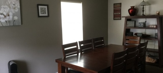 Room for rent in 4 bedroom house--female preferred