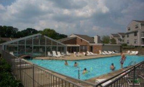 Apartments Near Paul Mitchell the School-Nashville 500 Brooksboro Terrace Apt 93141-1 for Paul Mitchell the School-Nashville Students in Antioch, TN