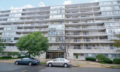 Apartments Near Washington Studio Apartment: Foggy Bottom all utilities included and 24 hr concierge for Washington Students in Washington, DC