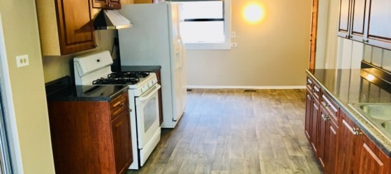 $650 Per Bedroom. Short Walk to Georgia Tech! Beautiful 3 Bedroom!