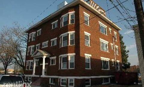 Apartments Near Aquinas Cherry Street Lofts for Aquinas College Students in Grand Rapids, MI