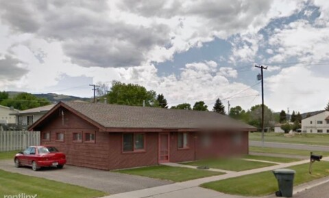 Apartments Near Carroll 2101 Livingston Ave B for Carroll College Students in Helena, MT