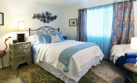 Apartments Near Fresno State 4912 N. 7th St. Suite 100 for California State University-Fresno Students in Fresno, CA