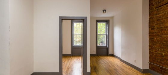 483 Dekalb Ave Unit 2D
