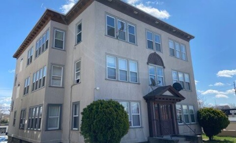 Apartments Near Worcester Lakewood St for Worcester Students in Worcester, MA