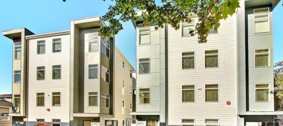 1BR with private bathroom in a 4B4B near UW