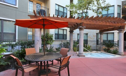 Apartments Near UT Austin 508 West Ave for University of Texas - Austin Students in Austin, TX