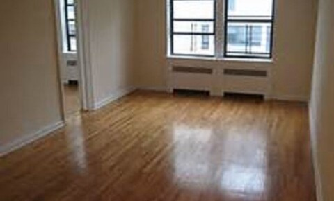 Apartments Near Maritime 2575 Marion Ave for SUNY Maritime College Students in Bronx, NY