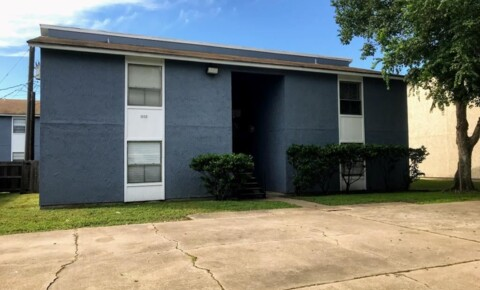 Apartments Near Texas A&M 1503 Oakdale Cir for Texas A&M University Students in College Station, TX