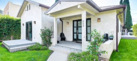 3 bedroom West Hollywood